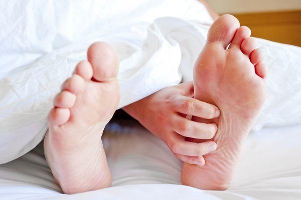 سندروم پاهای بیقرار (Restless legs syndrome)
