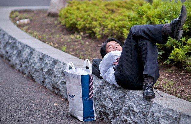 حاضرخوابی ویژگی غیررسمی زندگی اجتماعی ژاپنی