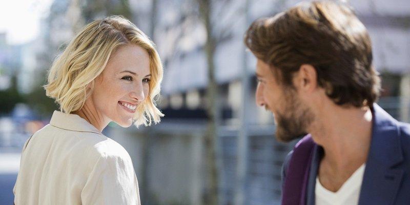 زبان بدن زنان عاشق چه میگوید؟