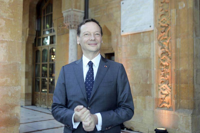مشاور ارشد رئیس جمهور فرانسه به تهران سفر میکند