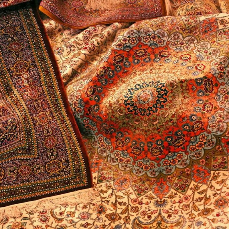 سهم ایران از بازار فرش دستباف دنیا از 80 به 15 درصد کاهش یافته است/آمارهایی که در زمینه فرش دستباف وجود دارد بسیار تاسف برانگیز است