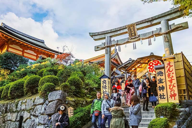 فرهنگ مذهب و آداب و رسوم ژاپن (قسمت 1)