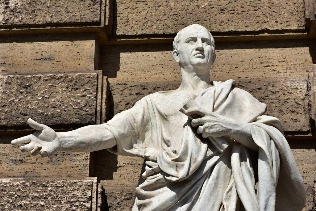 مارکوس تولیوس سیسرون کیست و چه باورهایی داشت؟