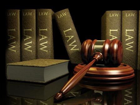 بررسی منع کردن اشتغال زن توسط شوهر از دیدگاه قانون
