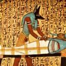 آنوبیس ایزد مرگ مصر | آنوبیس قدیمی ترین ایزد مصر | آنوبیس و توزین قلب مردگان