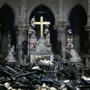 کارشناسان را برای بازسازی کلیسای نوتردام تحت فشار قرار ندهید