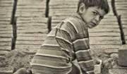 کودک خیابانی از همه حق و حقوق خود محروم است/ 9 هزار کودک کار شناسایی شده اند
