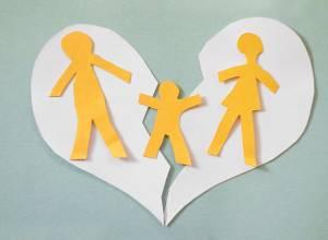 نقد و بررسی: ازدواج مجدد مادر و جواز سقوط حضانت او! (قسمت دوم)