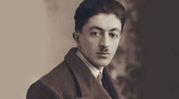 صادق هدایت | صادق هدایت چگونه زندگی کرد و چه تاثیری در ادبیات ایران داشت؟