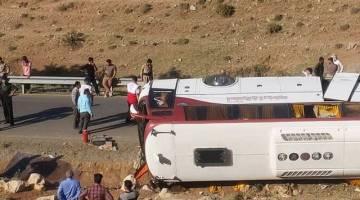 تخلف و قصور راننده در حادثه واژگونی اتوبوس خبرنگاران محرز است