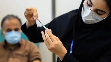 عده ای می خواهند واکسن ستیزی را به مذهب ارتباط دهند در حالی که علمای ما واکسن تزریق کردند