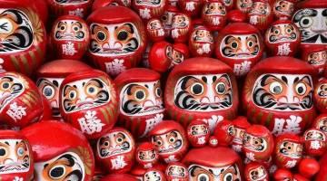 با عروسک های داروما ژاپنی آشنا شوید؛ افسون خوش شانسی با عروسک داروما