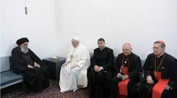 بیانیه مجمع مدرسین و محققین حوزه علمیه قم به مناسبت دیدار آیت الله العظمی سیستانی و پاپ فرانسیس