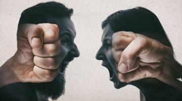خشونت کلامی | خشونت کلامی چه آسیبی به شما یا دیگران وارد می کند؟