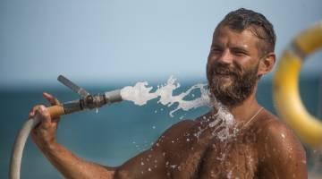 آب درمانی یا هیدروتراپی چیست و چه فوایدی برای بدن دارد؟!