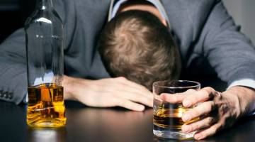 الکلیسم | انواع اختلال الکلیسم | علائم و نشانه های الکلیسم